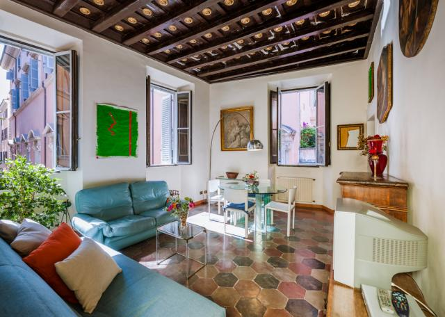 Lucina Spanish Steps Apartment Rome